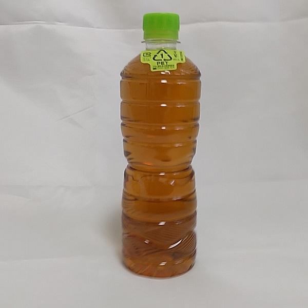 十六茶ラベルレスボトルの単品ボトル画像